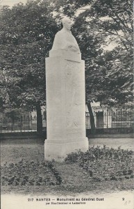 Buat (Edmond) Monument