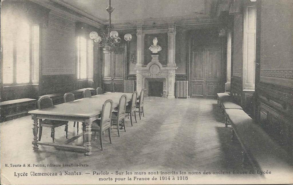 Lycée - Le Parloir
