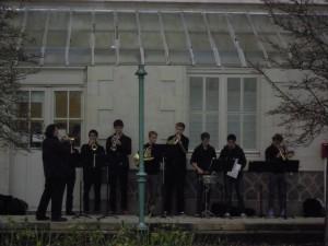 La Marseillaise chantée a capella par Marc Guillard puis interprétée par des élèves des sections musicales du lycée